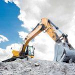 discarica amianto con escavatore
